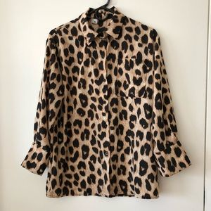 LEOPARD PRINT BUTTON DOWN BLOUSE/SHIRT